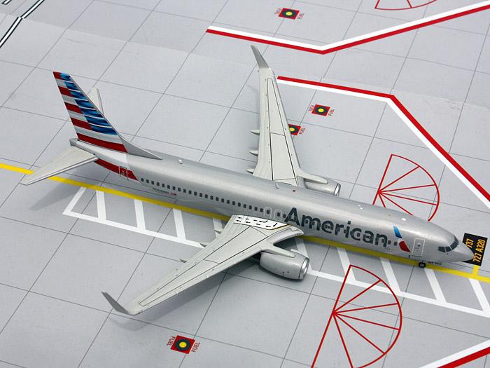 Модель самолета Gemini Jets G2AAL413 Boeing 737-800 American Airlines 1:200